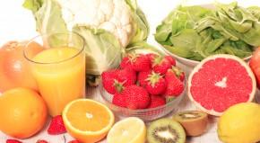 Vaisiai su vitaminais